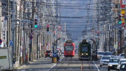 札幌市電と街並み