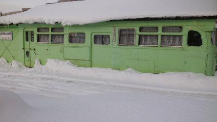 廃バスを利用した集会所