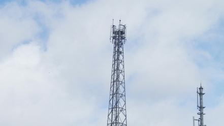 狩勝峠の鉄塔