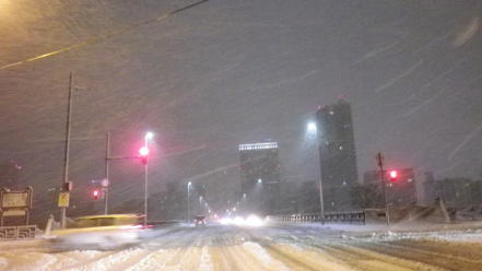 雪の降る札幌市内