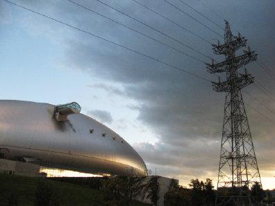 札幌ドームと鉄塔
