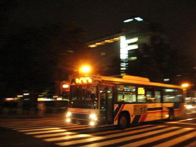 夜の路線バス