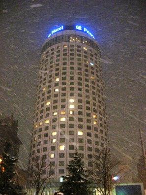 降雪中の札幌市内